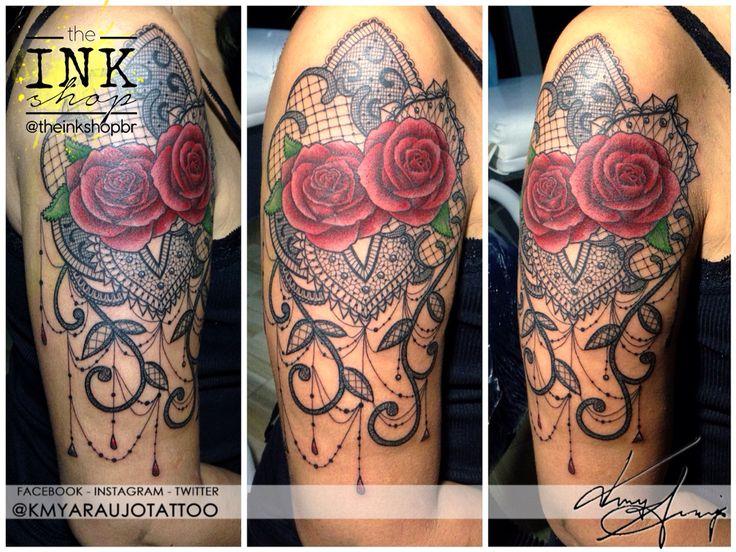 Exclusive drawing and tattoo design of a red rose with lace detail on a woman's arm. Made by Kmy Araujo at The Ink Shop (Niteroi, RJ, Brazil).  Desenho exclusivo para tatuagem feminina de rosas vermelhas com detalhes de renda no braço. Feita por Kmy Araujo no The Ink Shop (Niterói, RJ)  Rua Domingues de Sá, 293 - sala 503, Icarai, Niteroi, RJ  (21) 2082-7685  (21) 97917-1304 www.facebook.com/kmyaraujotattoo #lace #tattoo #rose #red #redrose #lacetattoo #design #exclusive #tatuagem #renda…