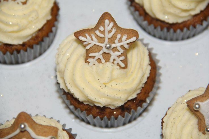 ginger star cupcakes