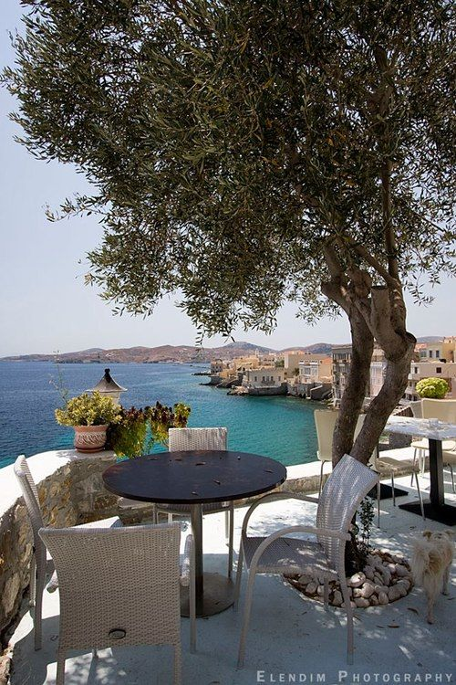 A little cafe on Syros , Greece