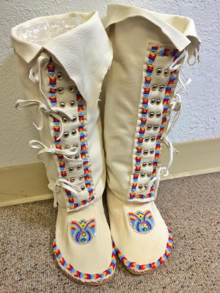 Deer hide beaded mocs, JT Willie Designs https://www.facebook.com/JTWillieDesigns?fref=nf