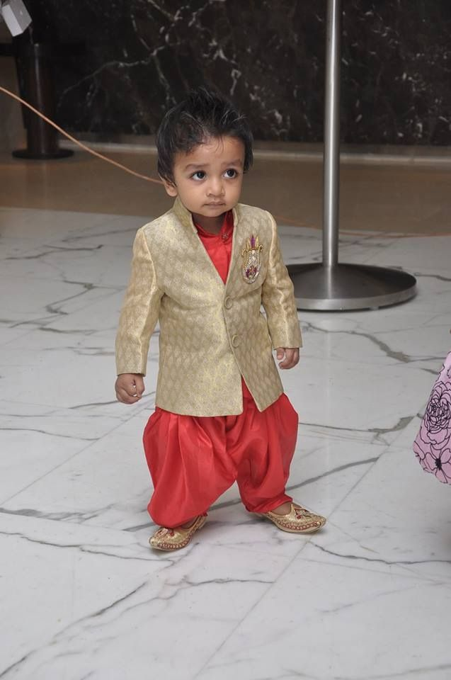 Baby boy clothes online india