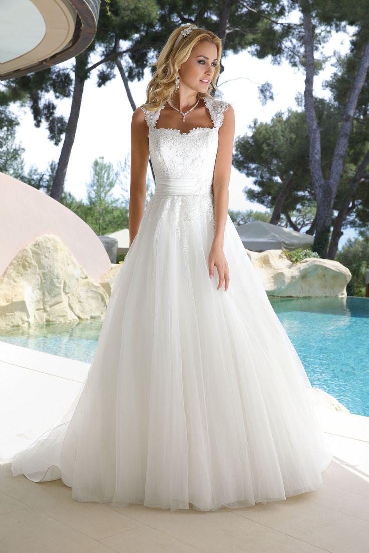 14 best Hochzeitskleid images on Pinterest | Hochzeitskleider, Kleid ...