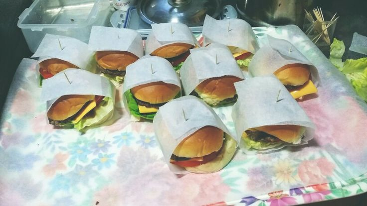 #party food #hamburger #miniburger #party