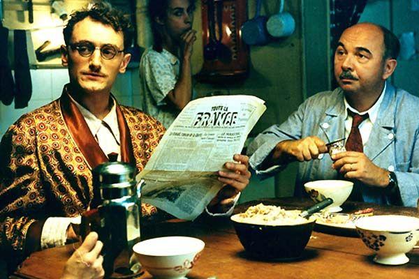 Le petit déjeuner avec Monsieur Batignole et son futur gendre, Pierre-Jean, qui n'est qu'un sale collabo.
