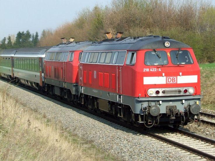 twogermanbr218diesel152.jpg (800×599) Trein