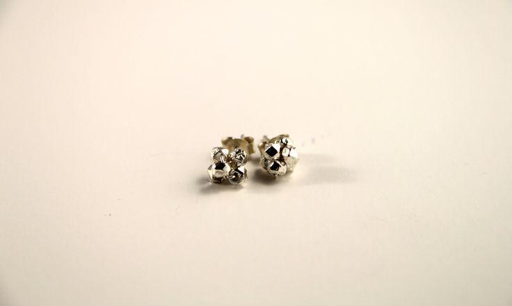 Atomic earrings #silverearrings #silverstuds #silverclusters #clusterearrings #silverjewellery #everydaywear  Shop at http://www.etsy.com/au/shop/ChrisRoseBijoux