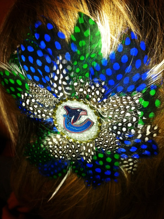 VANCOUVER CANUCKS  Glitter Resin Feather Hair Clip HOCKEY by evago