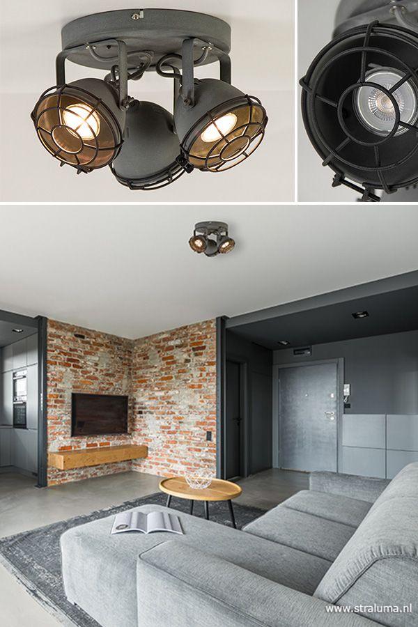 Een 3lichts spot is altijd een ideale plafondlamp in