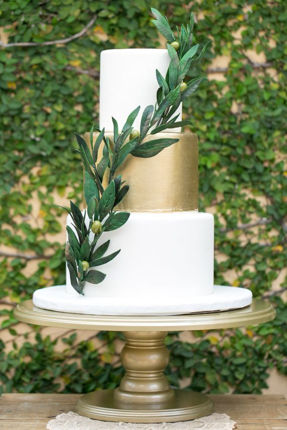 Wedding cake with touches of green and gold