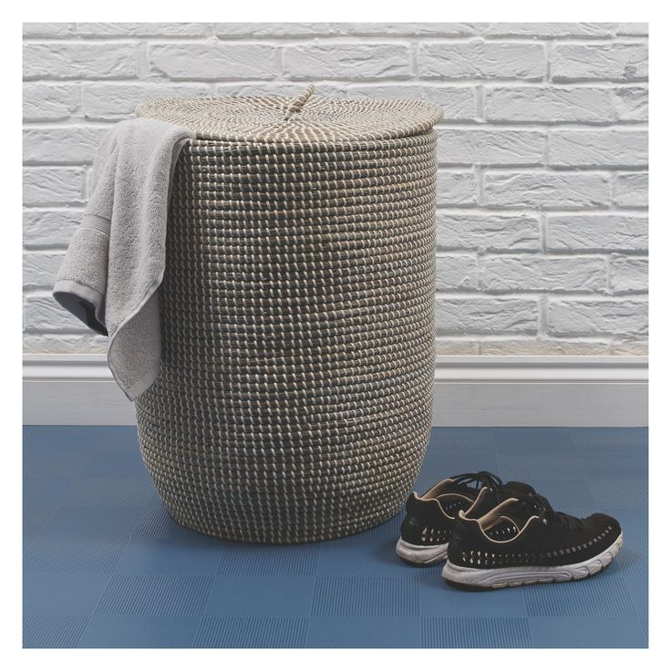 MORRIS Grey woven laundry basket with lid | Buy now at Habitat UK