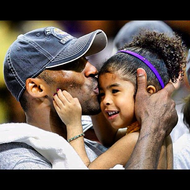 (Photo by kobebryant) Kobe Bryant and one of his daughters. #nbafamily #kids #family #fathersday
