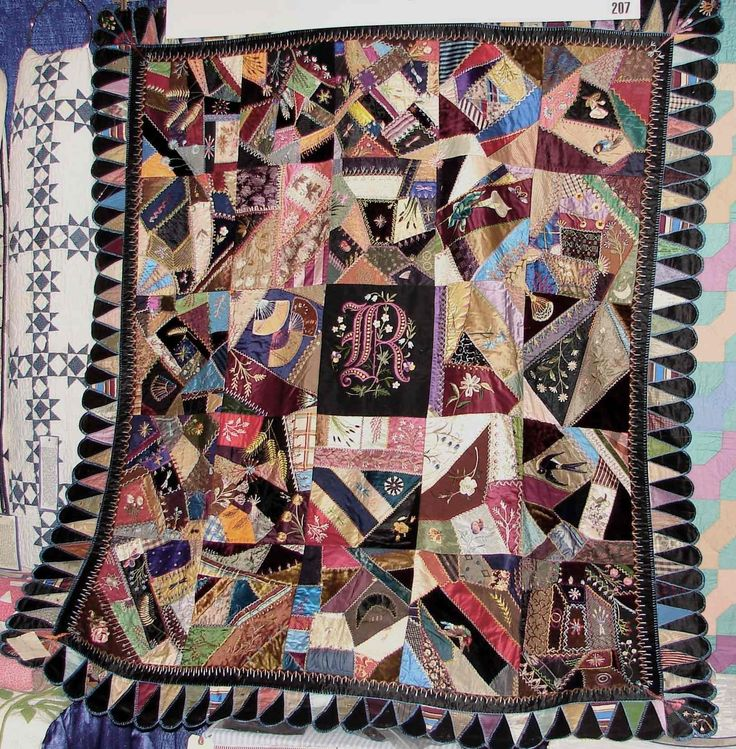 Gorgeous and so much detail...lots of love went into this quilt