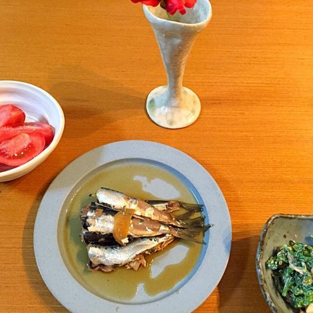 今年初の筍 圧力鍋で茹でて姫皮の部分を菜の花と和えてみました 朝どれの筍だったので柔らかくアクも少なかった〜 - 10件のもぐもぐ - イワシの煮付け 菜の花と筍のマヨマスタード和え トマト by maywan51