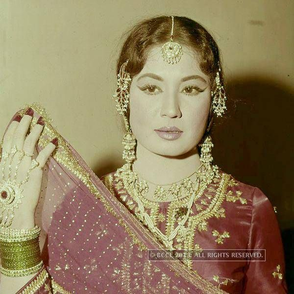 Kumari played Chhoti Bahu, an alcoholic wife in Guru Dutt's Sahib Bibi Aur Ghulam (1962). The film was a major critical and commercial success, which was attributed by critics to Kumari's performance, which is regarded as one of the best performances of Hindi Cinema.(BCCL)See more of: Meena Kumari