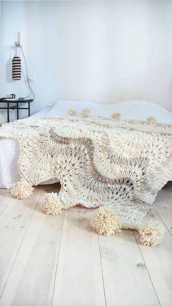 Gruesa manta de lana de punto con pompones para lacasadetono en Etsy
