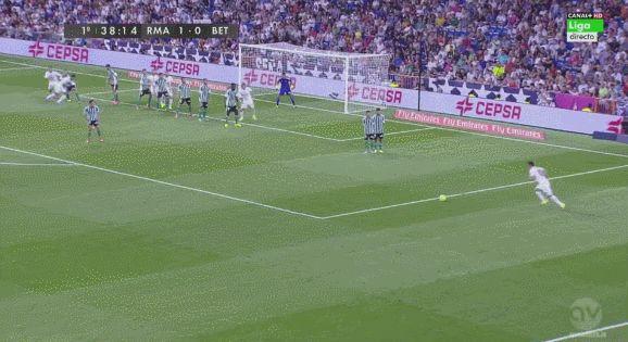 golazo de james   Liga BBVA - Jornada 2 // Real Madrid - Real Betis | Partido al minuto en directo