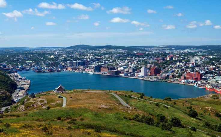 Signal Hill is a national historic site located on the eastern coast of Canada. It's possibly the best view of the Atlantic ocean. #signalhill #canada #canadaday