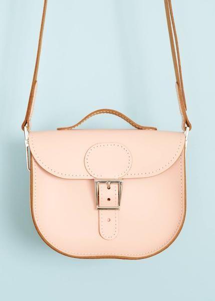 Lille skuldertaske i læder - lys rosa