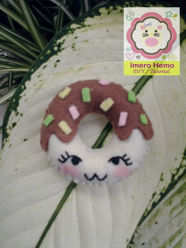 Doughnut from Felt Tutorial in Bahasa Indonesia