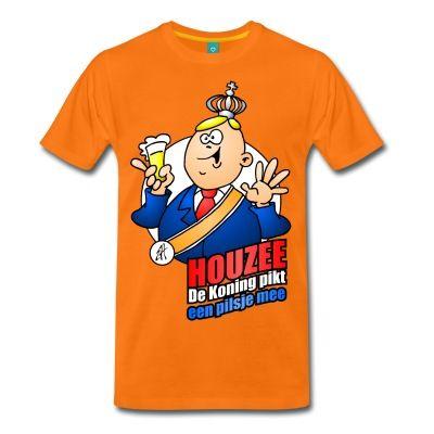"""De Tekenaartje Koningsdag T-shirt shop. #Tekenaartje #Koningsdag #Koning #Houzee!  Koning Willem-Alaxander van Oranje viert Koningsdag op de voor hem zo kenmerkende wijze: met een pilsje in de hand.Vier de Nederlandse nationale feestdag in stijl, met dit grappige oranje T-Shirt.Opschrift: """"Houzee. De Koning pikt een pilse mee."""""""