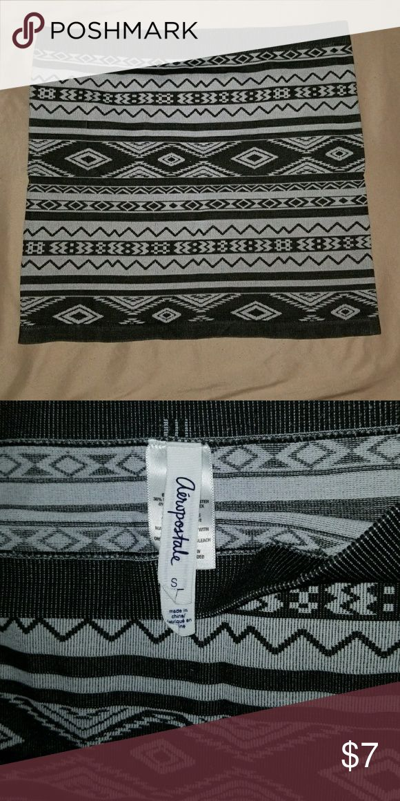 Aeropostale Black and white tube skirt Like new condition. Perfect for the holidays. Can be worn with leggings or tights. Goes with heels, flats, and sandals. Aeropostale Skirts Mini