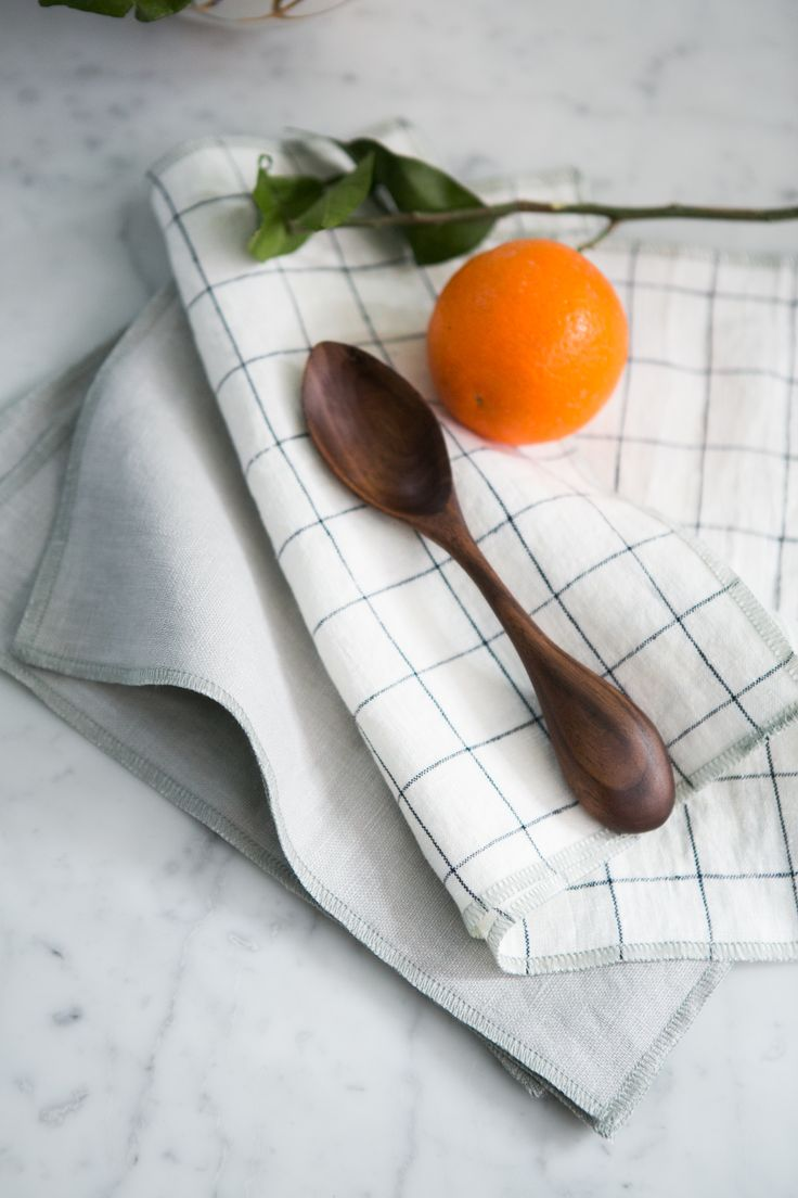 Grey and Windowpane Linen Everyday Dinner Napkins with silver moss finish. Mix and match to create your own set. Use casually every day with family and friends. Photo by Arielle Doneson Photography
