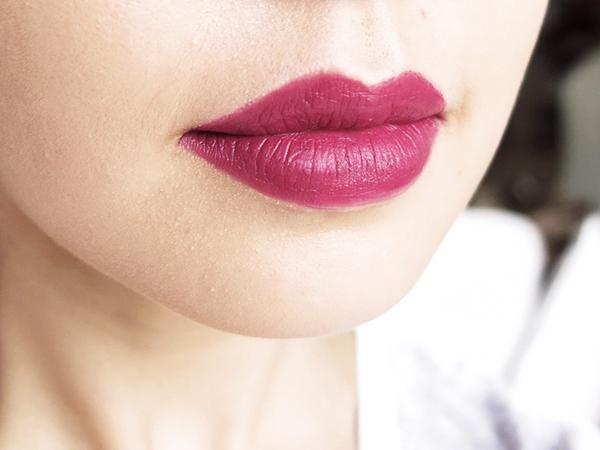 "MAC Riri Hearts ""Heaux"" Lipstick"