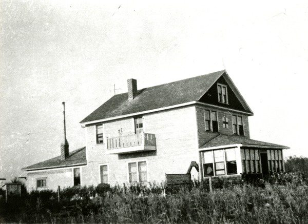 1939 Carragana Outpost Red Cross Hospital | saskhistoryonline.ca