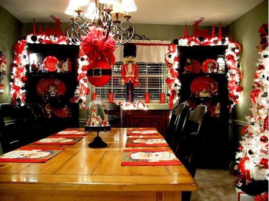 Dining Room Excellent Combination And Kitchen Christmas Decorations Design Ideas With Chandelier