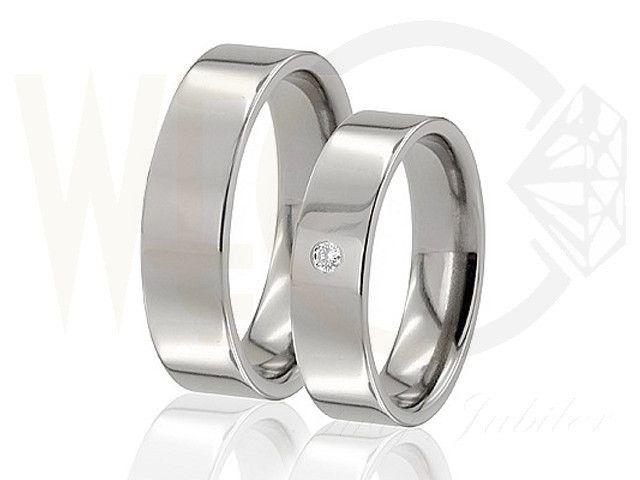 Obrączki z tytanu z brylantem/ Wedding rings made from titanium with diamonds/ 888 PLN  #love #jewellery #wedding #rings