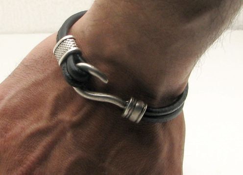 FREE SHIPPING Men's leather bracelet Black leather by eliziatelye