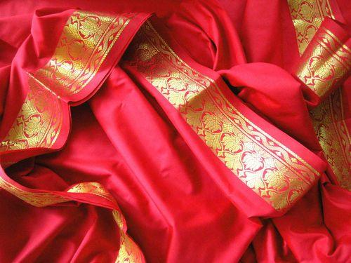 die besten 25 sari stoff ideen auf pinterest tibetische. Black Bedroom Furniture Sets. Home Design Ideas