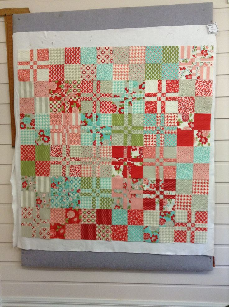 17 Best images about Layer cake quilts on Pinterest One ...