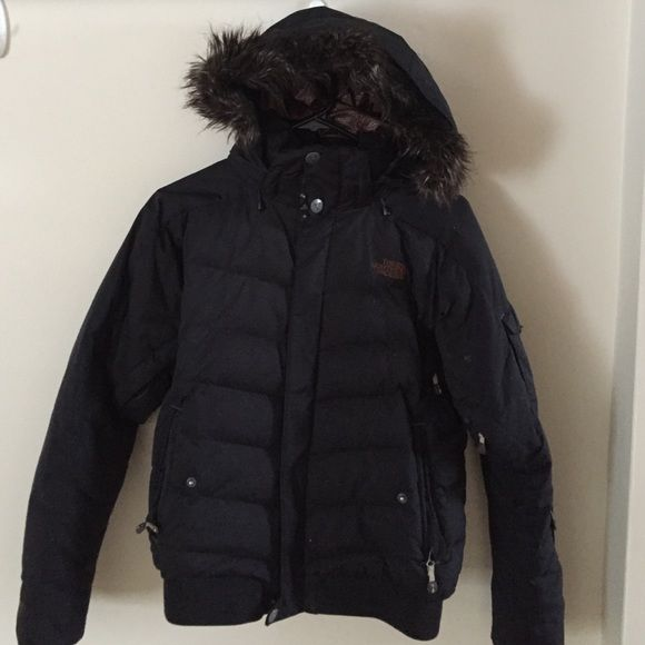North face women's winter coat In pretty good condition. No holes or rips that I'm aware of. Just some fuzz stuck in velcore- just needs a good wash and would be in perfect condition. The North Face Jackets & Coats Puffers