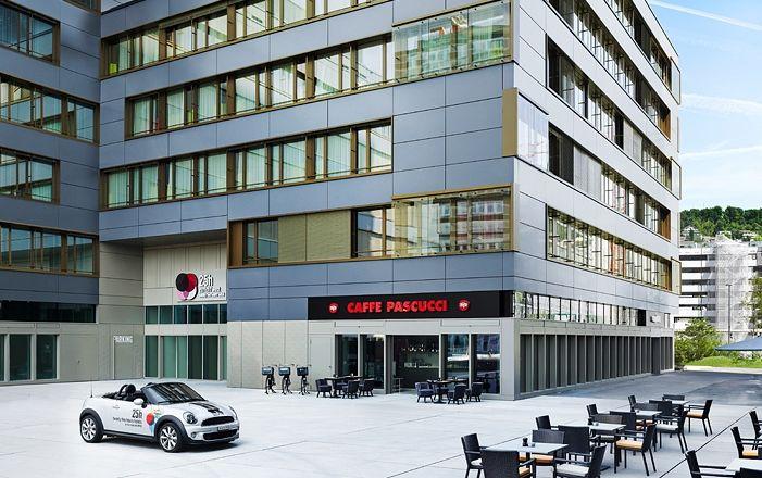 25hours Hotel Zürich West Aussenansicht 25hours Hotel Zurich West Exterior View