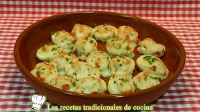 Huevos rellenos de carne con bechamel