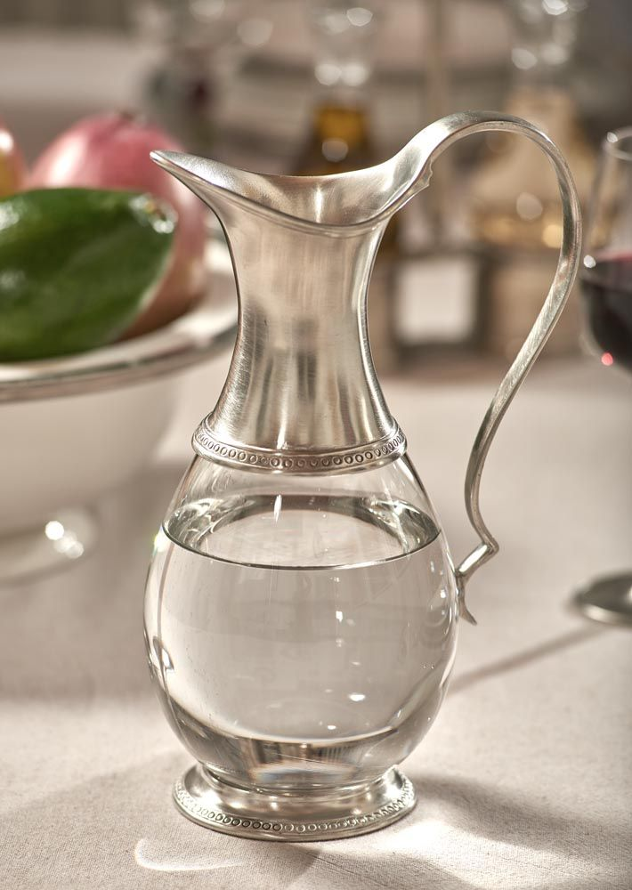 Pewter & Glass Jug - Height: 25 cm (9,8″) - Food Safe Product - #pitcher #jug #pewter #glass #caraffa #brocca #peltro #vetro #krug #zinn #glas #étain #etain #peltre #tinn #олово #оловянный #tableware #dinnerware #drinkware #table #accessories #decor #design #bottega #peltro #GT #italian #handmade #made #italy #artisans #craftsmanship #craftsman #primitive #vintage #antique