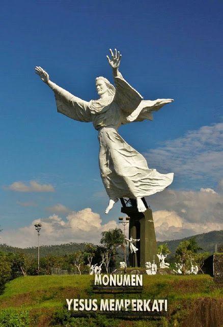 Statua del Cristo di Manado - Manado, Indonesia (2007)
