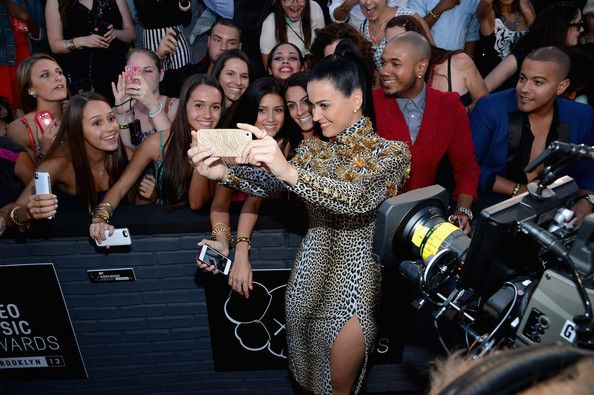 Katy Perry - Arrivals at the MTV Video Music Awards