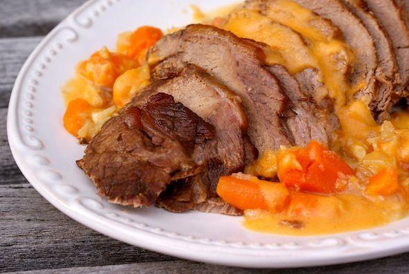 Braised Paleo pot roast: Dutch Ovens, Crock Pots, Paleo Pots Roasted, Hmmmmm, Brai Paleo, Brai Pots, Pots Roasted Recipe, Food Photo, Real Food