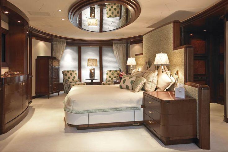 66115154bfcfaa9f2933c49cbbce4f39 mirror over bed yacht interior