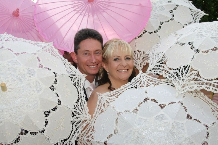 photos with parasols    Photography by Storybook Photography NSW - Australia