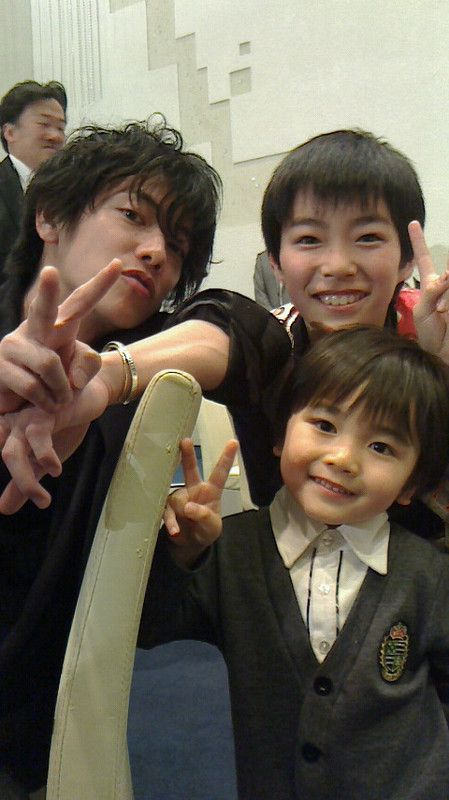 3 Akiras.waaah.I <3 'em.Tonbi makes me cry.