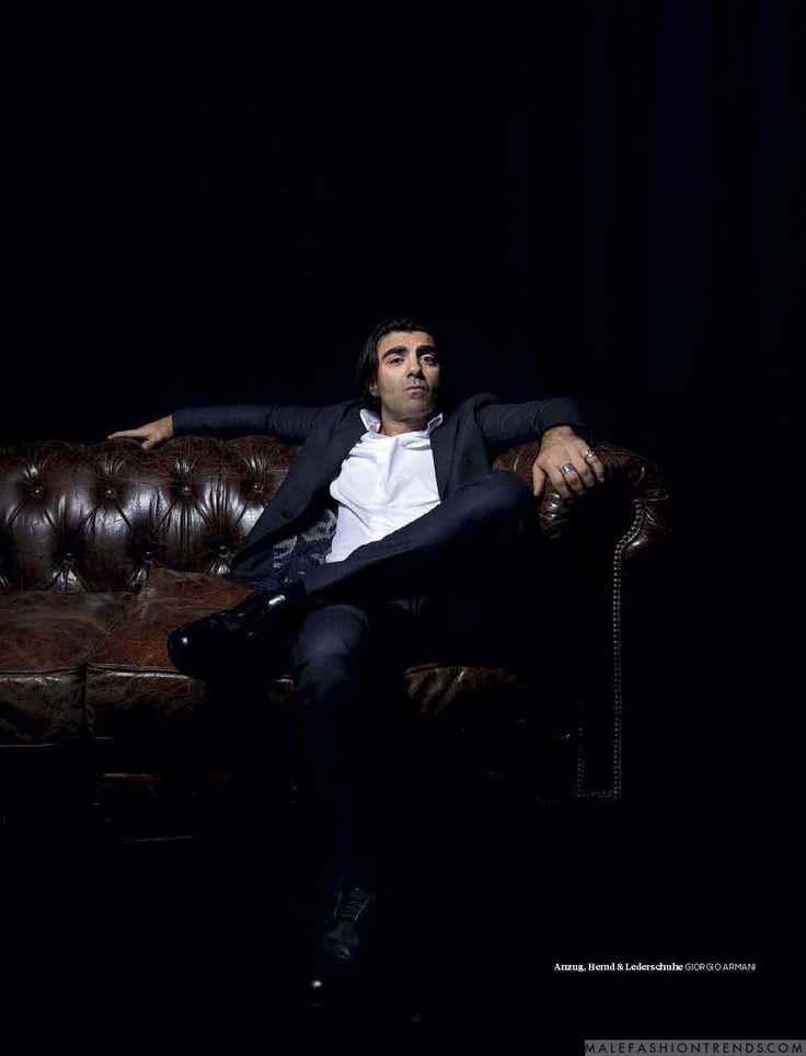 Fatih Akin posa For L'Officiel Hommes Alemania