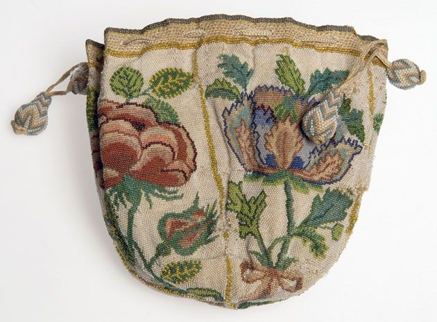 mid 18th C. Small purse made with approximately 40,000 glass breads, and closed with a plaited silk drawstring. Each quarter of the purse depicts a rose or pansy flower. Glasgow Museums, The Burrell Collection E.1943.71.[1]