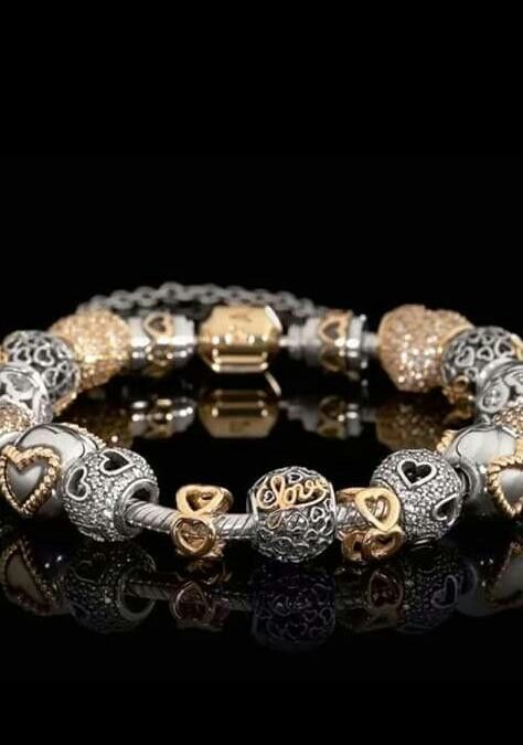 Pandora. Love. Charms