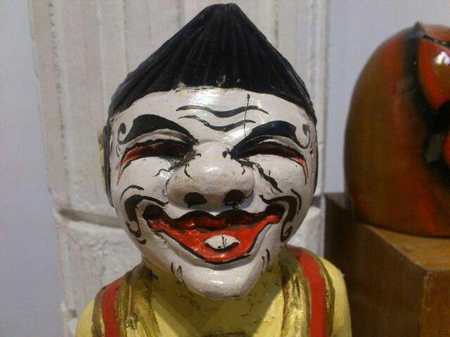 another punakawan sculpure. #javanese #indonesia #punakawan #sculpture #traditional