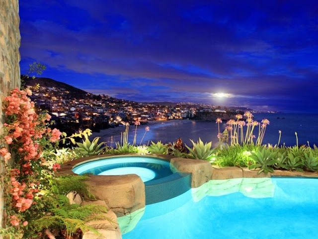 Beautiful luxury mansion in California: Most beautiful houses in the world