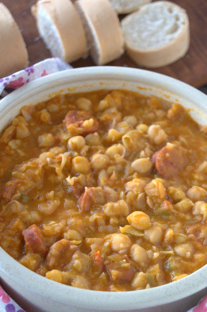 Con frío o calor un potaje de garbanzos es lo mejor. Adoro este ¨comfort food¨. #Cuba #Recetas #ComidaCubana
