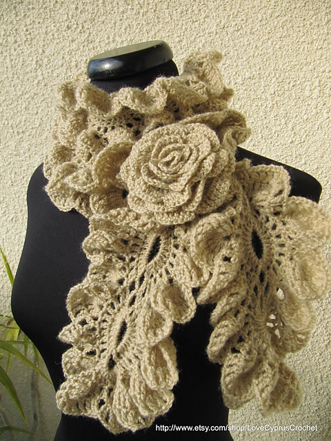 Ravelry: Romantic Ruffled SCarf Crochet Pattern pattern by Lyubava Crochet